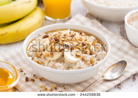 Seriously people, it's a frikkin bowl of oats with some nuts on top. You don't need a picture to work out what that looks like.